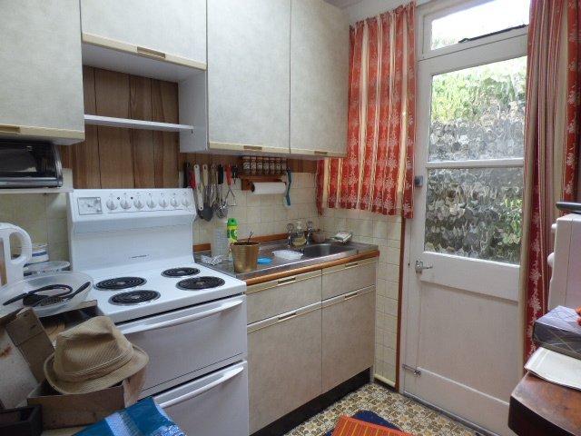 Wisemove. Property for sale. The Strand, Blaengarw. Kitchen