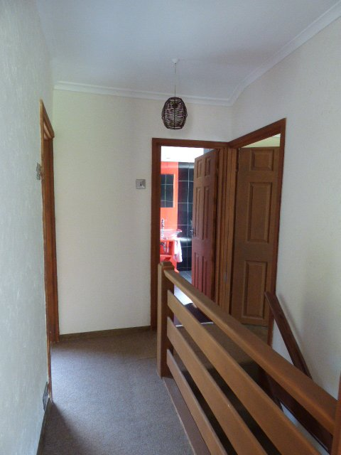 Wisemove. Property for sale. Cuckoo Street. Landing