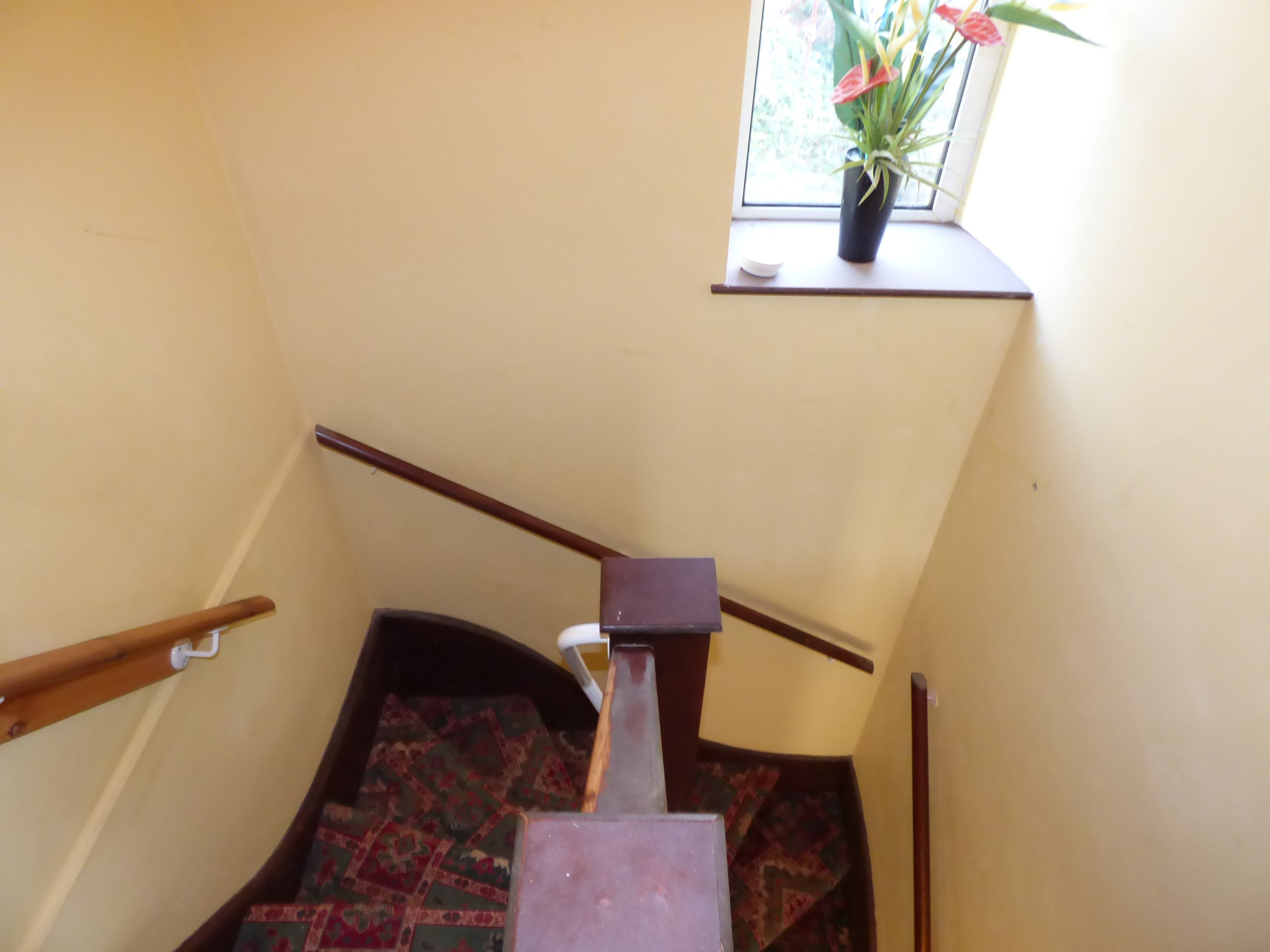 Wisemove Property for sale. Tanybryn House, Pontycymmer. Stairway