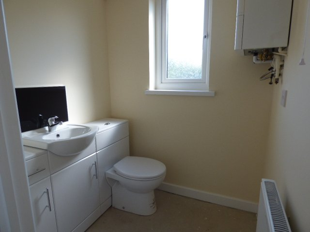 Wisemove. Property for sale. Bryn Road, Ogmore. Cloakroom