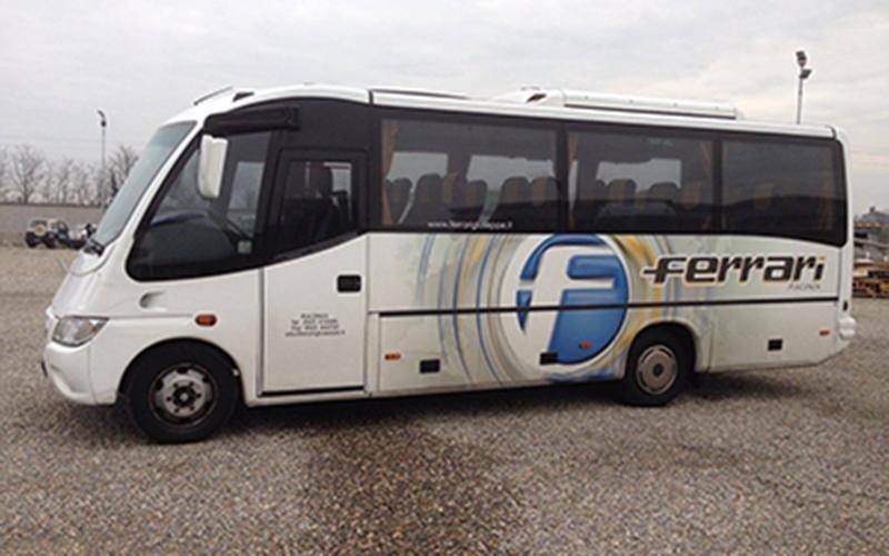Noleggio bus per gite aziendali