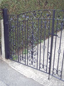 Fencing products - Sutton-in-ashfield - Slab World - Daves gates
