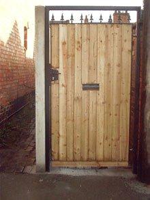 Fencing products - Sutton-in-ashfield - Slab World - Side Gate