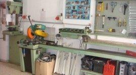 lavorazione del ferro, assistenza serrande, manutenzione serrande in metallo