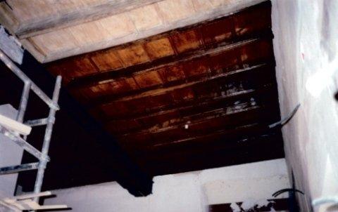 soffitto a cassettoni, restauro