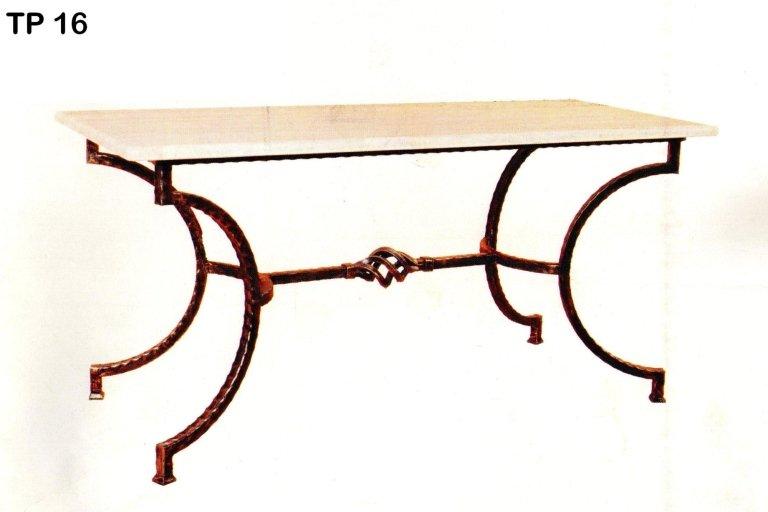 tavolo in ferro battuto