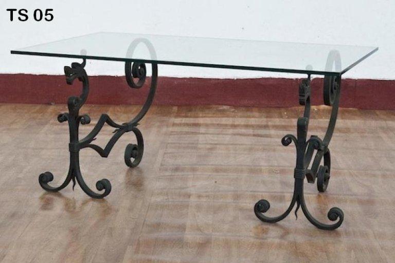 tavolo ferro battuto
