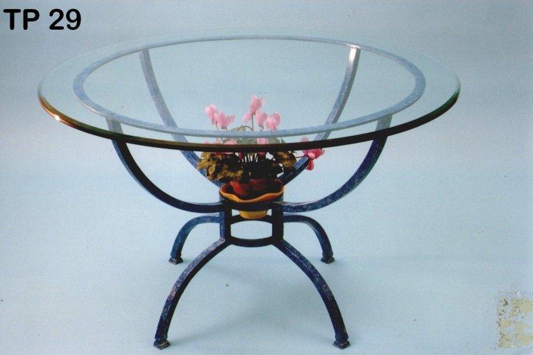 tavolo tondo in ferro battuto