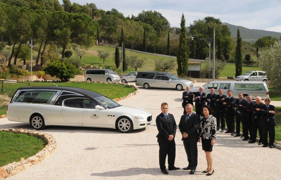 Staff dell'impresa funebre