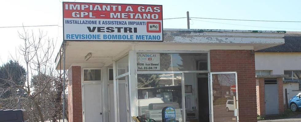 Officina meccanica, vendita rimorchi, installazione ganci traino, installazione bomboloni gpl auto, installazione bomboloni metano per auto, BRC, Viterbo
