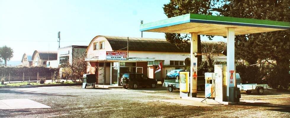Officina e distributore Gas Auto, Viterbo