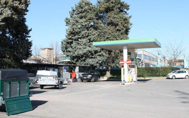 Distributore gas auto ed officina meccanica, Viterbo