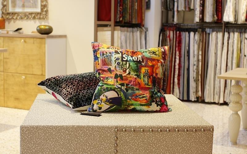 cuscino multicolore