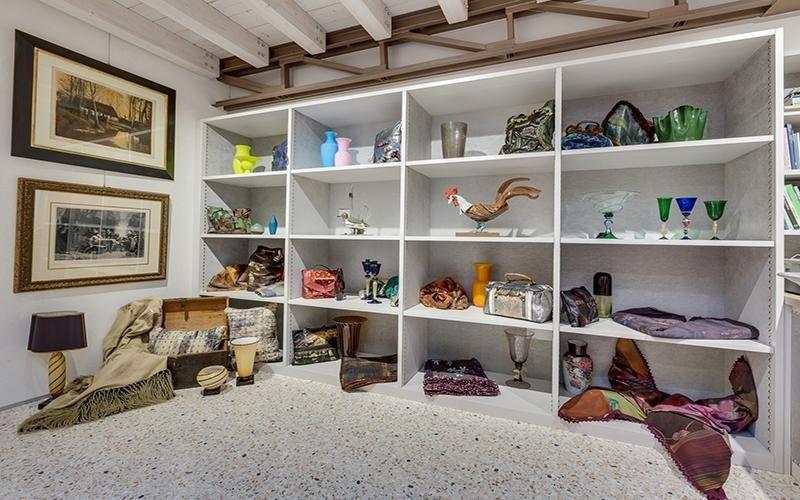 interno del laboratorio di design di interni