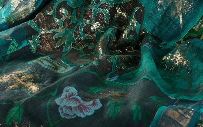 tessile dipinto a mano