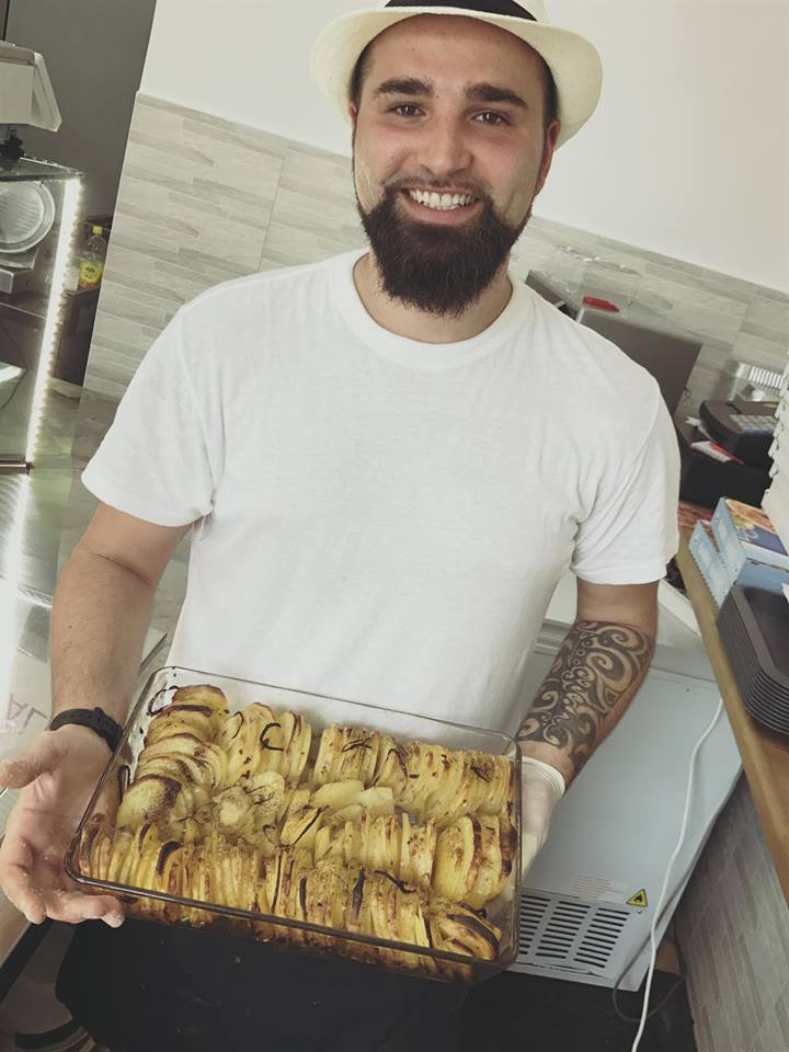 Vassoio di patate scottate