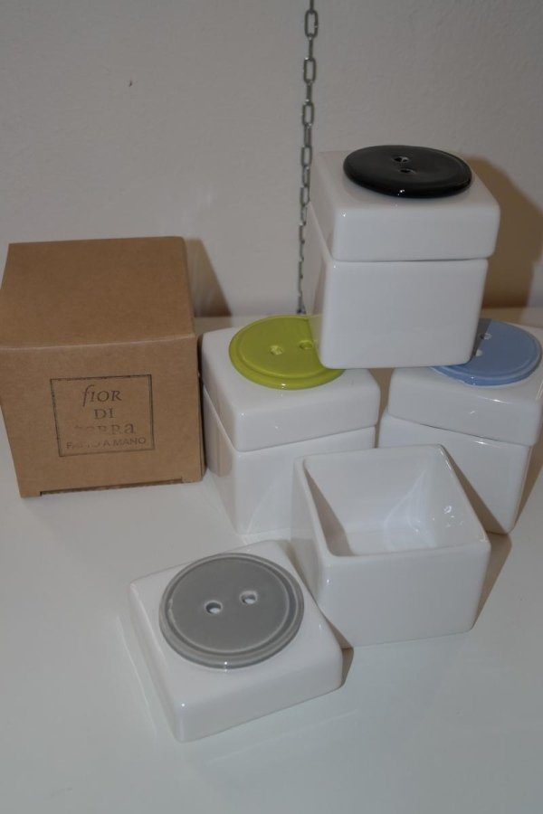 contenitore in ceramica toscana