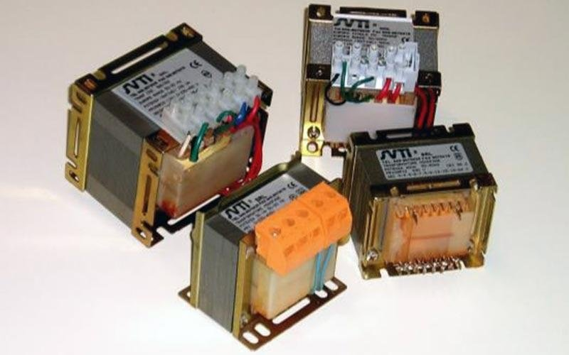 Industrial single-phase transformers