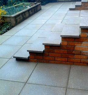 White lawn tiling