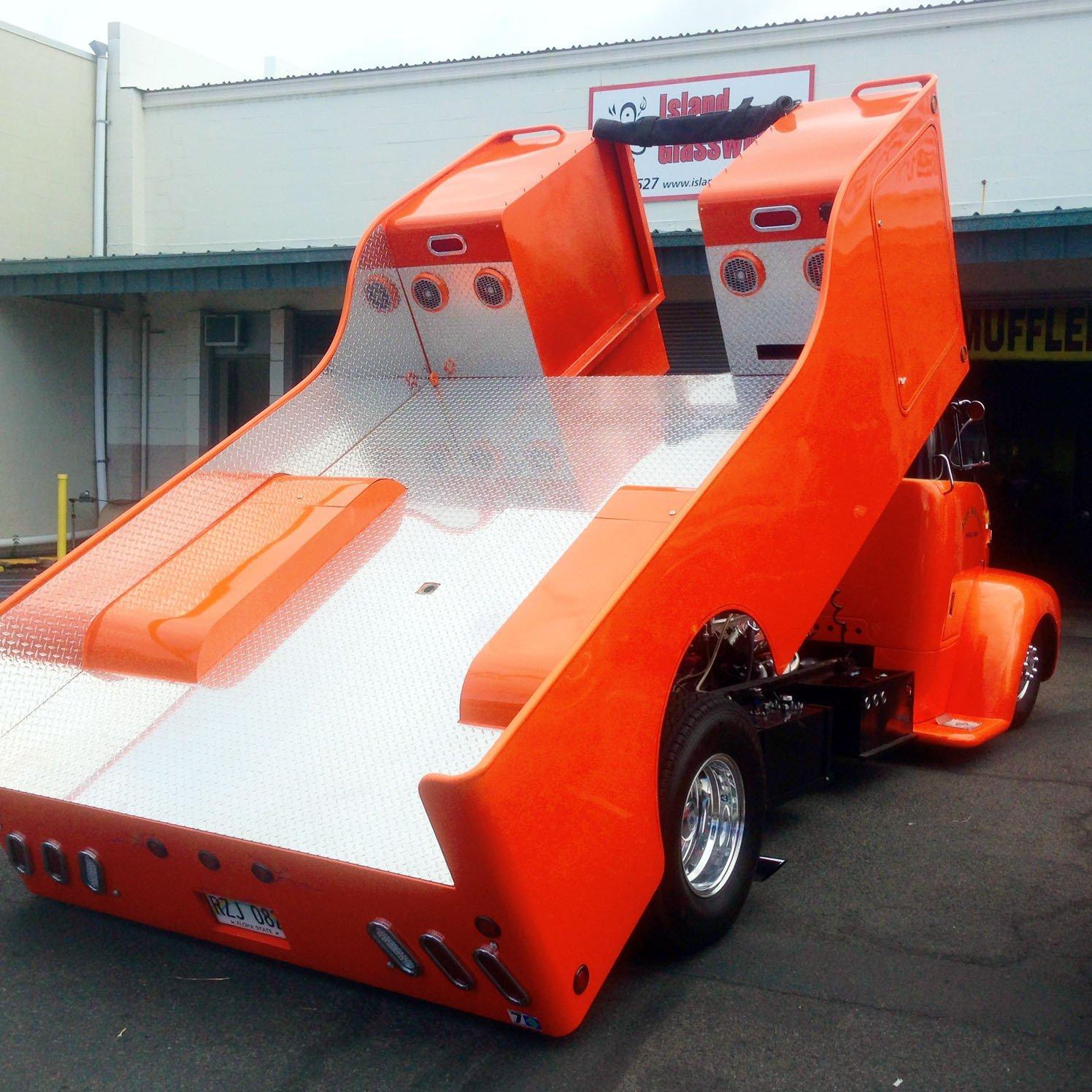 An orange truck