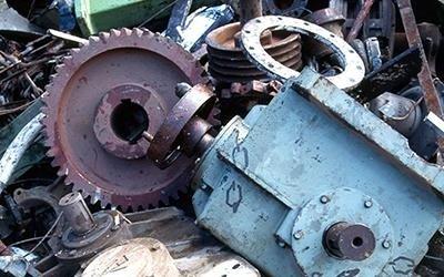 Raccolta rottami meccanici