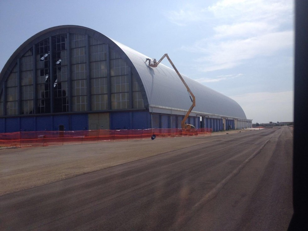 Campi salentina zona industriale copertura metallica in lamiere alluzinc