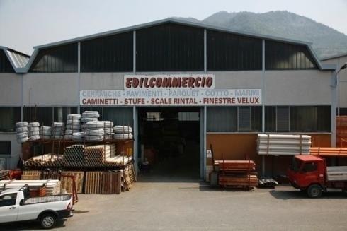 Showroom prodotti per l edilizia lecco edilcommercio for Velux sconti