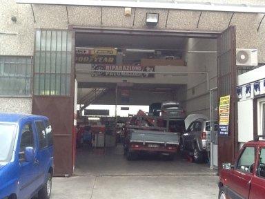 Autofficina e centro assistenza F.lli RINALDO