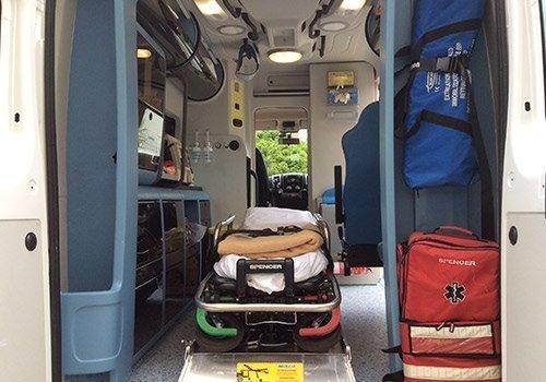 lettino ambulanza