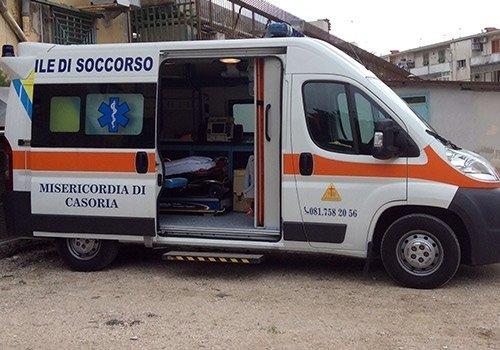 sportello laterale ambulanza