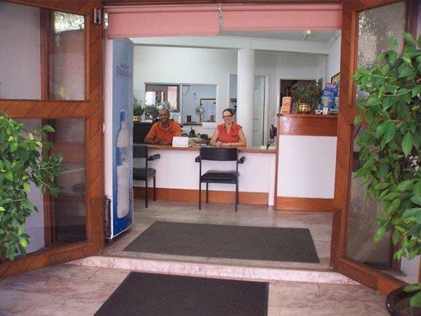 sugarland car rentals office