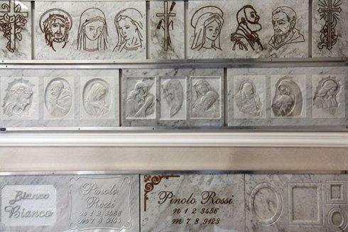 Accessori per tombe in marmo, accessori in marmo, arte funeraria in marmo, arte funebre in marmo, Civitavecchia, Roma