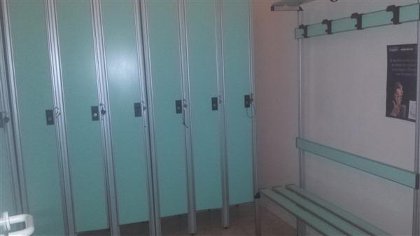 spogliatoio servizio sauna