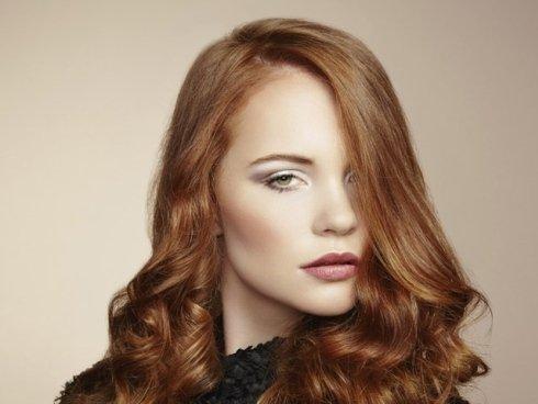 Prendetevi cura dei capelli lunghi con i prodotti professionali proposti dai nostri parrucchieri.