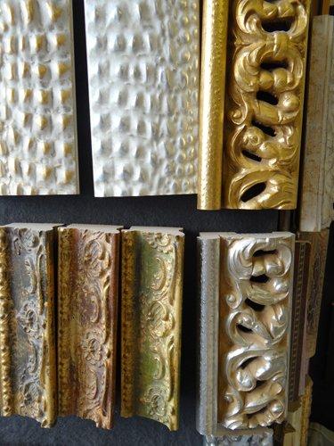 Cornici con finitura in oro e argento