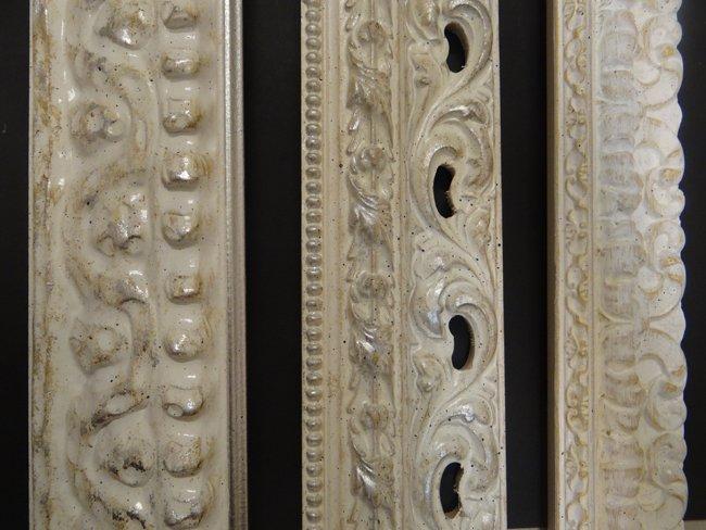 Cornici con finitura in marmo