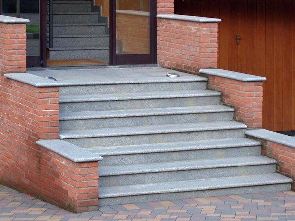 scalinata in diorite