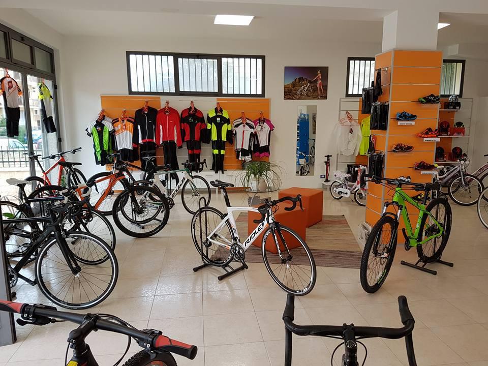 Noleggio di mountain bike a Edobike in Modica