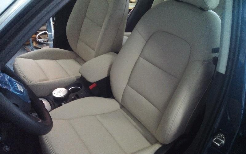 Riparazione sedili auto