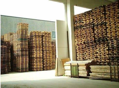 deposito bancali e casse in legno