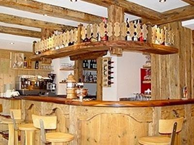 Traditionelle Einrichtung für Bars