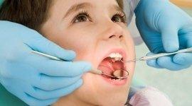 cura della carie, prevenzione, dentista per bambini