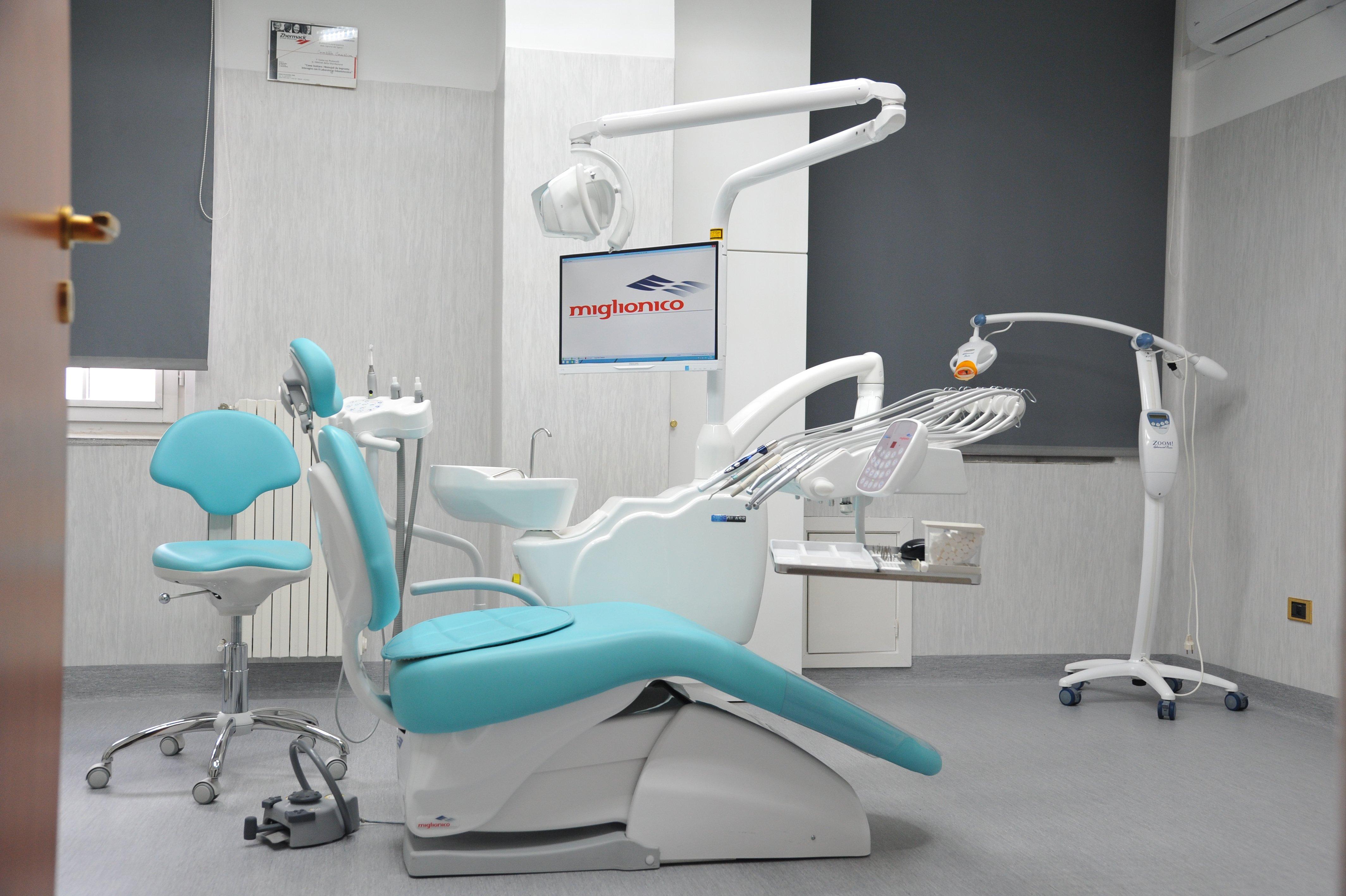 sala visite dello studio dentistico Sorriso & salute