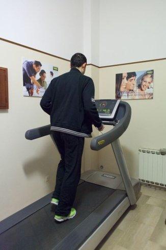 esercizi di resistenza, attività aerobica, corsa