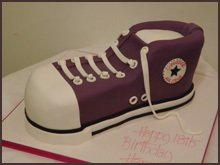 Cake in the shape of a Converse sneaker