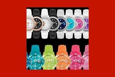 orologi di diversi colori
