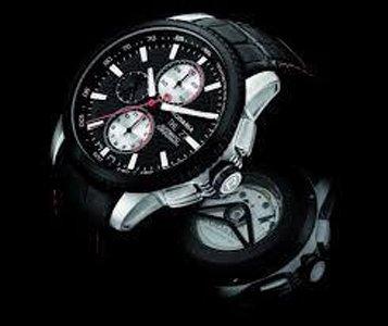 orologio con cinturino e cassa neri