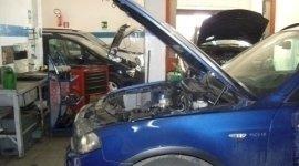installazione di impianti gpl, montaggio vivavoce con bluetooth, diagnosi auto