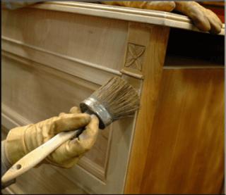 cornici per arredamento, verniciatura mobili, carteggio manuale