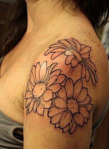 tattoo fiore margherita